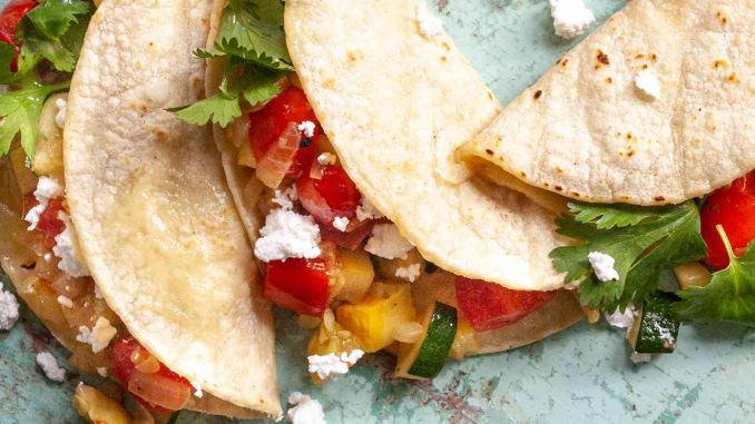 taquitos vs tacos